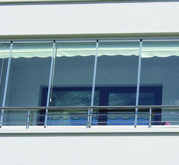 Chiusure per balconi in PVC